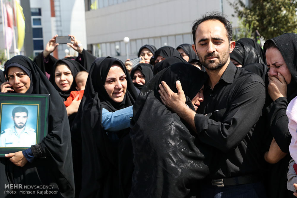 مراسم استقبال از شش شهید در کرمان