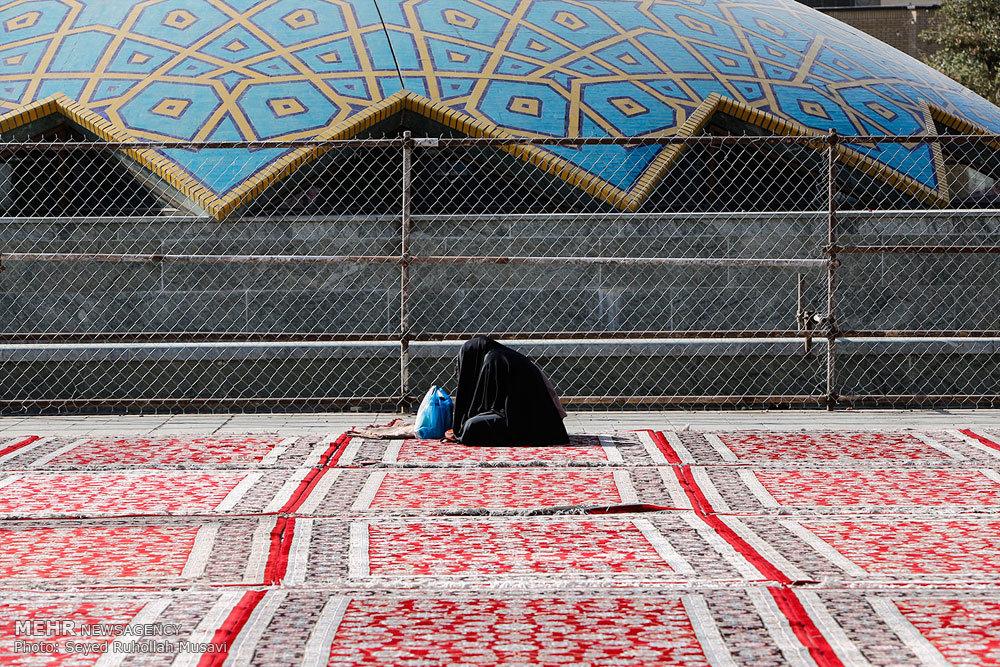 مراسم دعای عرفه در حرم حضرت معصومه(س)