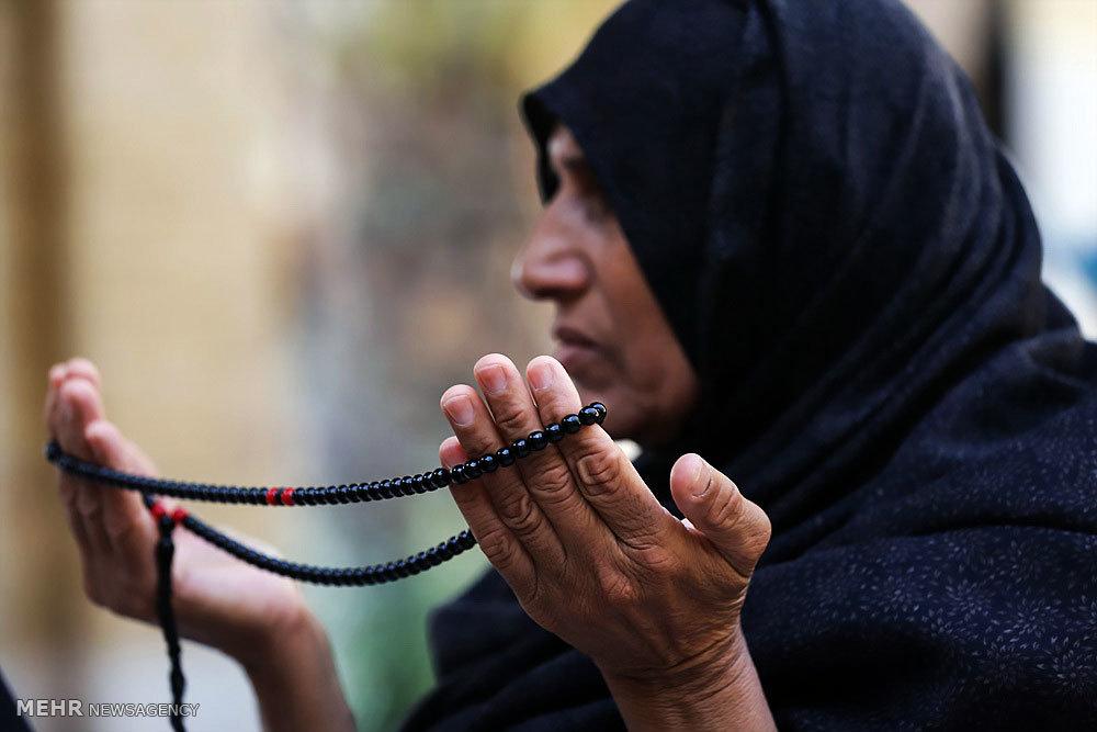 مراسم دعای عرفه در جزیره کیش
