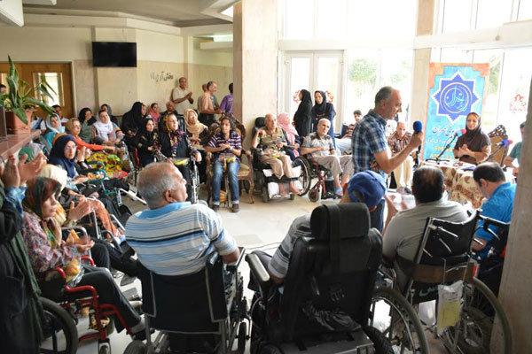 اجرای برنامه «به همین راحتی» در آسایشگاه سالمندان کهریزک