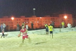 برتری موج گناوه مقابل جهاننژادیان آبادان درلیگ برتر فوتبال ساحلی