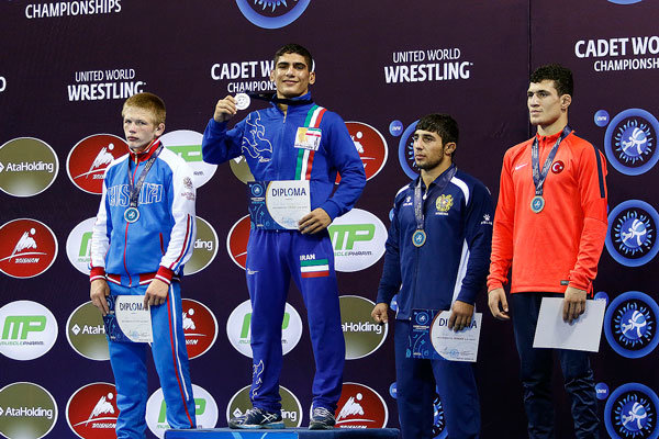 Cadet wrestlers win medals in World C'ships