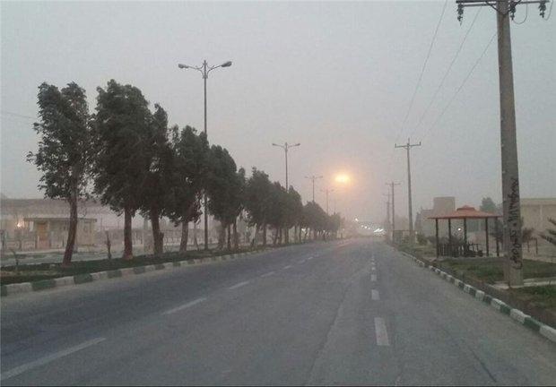 رگبارهای پراکنده در گلستان/ برخواستن گرد و غبار در شرق استان