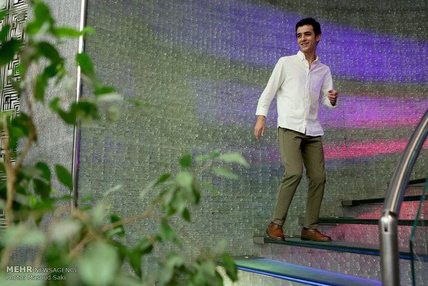 حضور علی شادمان در مراسم اکران خصوصی فیلم سینمایی هیهات