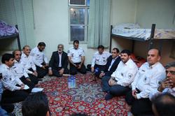 وزیر بهداشت در جمع نیروهای اورژانس حضور یافت