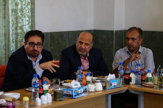 بازدید جمعی از خبرنگاران پارلمانی از اماکن گردشگری؛تاریخی و صنعتی یزد