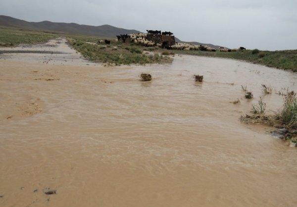 جاری شدن روان آب و پرآب شدن مسیلهای جنوب استان محتمل است