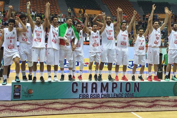 ملی پوش بسکتبال: فشارهای زیادی را تحمل کردیم اما به حقمان رسیدیم