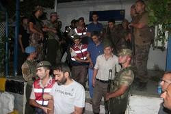 تركيا تعتقل 40 جنديا في تحقيق يتصل بمحاولة الانقلاب