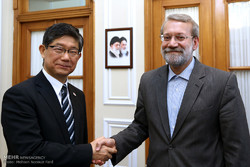 Larijani meets with Japanese, Dutch ambs. in Tehran