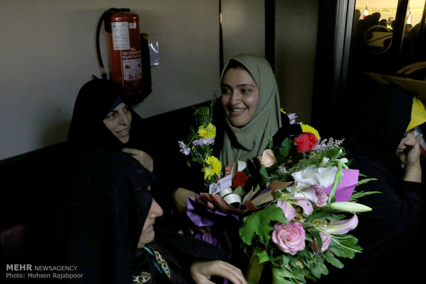 Iranian Paralympians welcomed at home