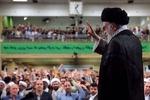 رهبر انقلاب را در سنگر جبهه ببینید