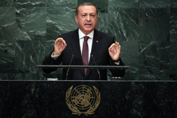 أردوغان يتهم واشنطن بتسليح أكراد سوريا