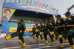رژه بزرگ نیروهای مسلح در بندرعباس