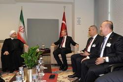 Iran, Turkey stress coop. on settling regional crises
