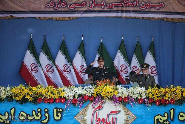 Nationwide parades of Iran's armed forces