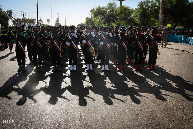 Military parade held in Ahwaz