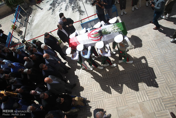 Iranians mourn for para-cyclist dead in Rio