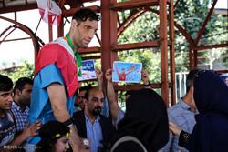 مراسم استقبال از مرتضی مهرزاد بازیکن تیم والیبال نشسته در مسابقات پارا المپیک 2016ریو