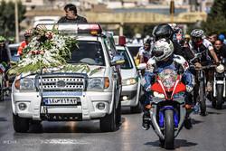 تشییع پیکر جانباز بهمن گلبارنژاد دوچرخه سوار پارالمپیکی در شیراز