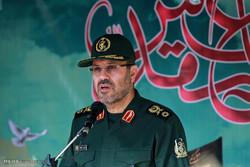 حضور سردار حسین دهقان وزیر دفاع در مراسم آغاز سال تحصیلی جدید در دبیرستان توحید