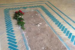 قدردانی خانواده افشار از مسجدجامعی/ نصب سنگ قبر جدید به زودی