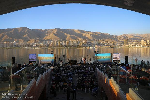 آیین بهره برداری از تاج دریاچه شهدای خلیج فارس