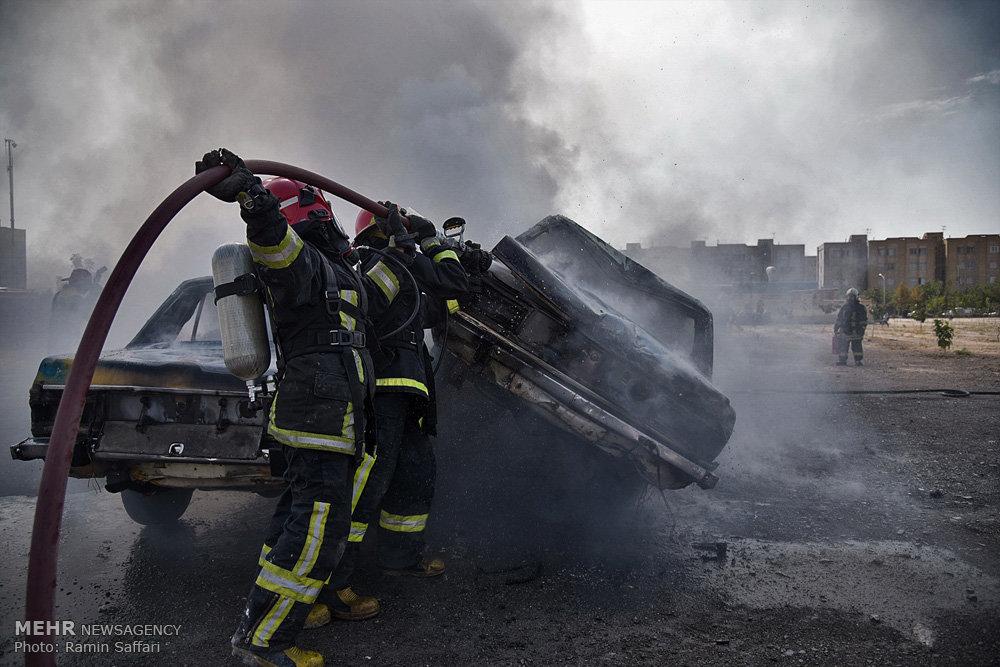 مانور آتشنشانی و ایمنی در مشهد