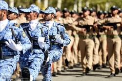 رژه روز ارتش  در مشهد برگزار می شود