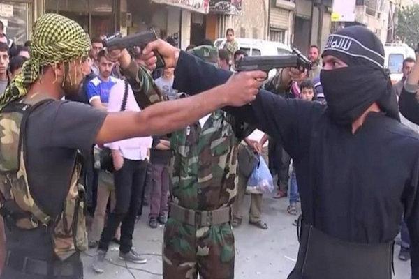 تشدید اختلافات و درگیری ها میان گروه های مسلح در حومه دمشق