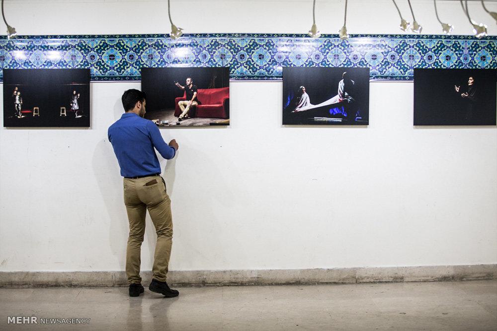 نمایشگاه عکس های تئاتر فرهاد صفری در قزوین