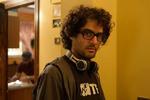 کارگردان «زیر سایه»: از اینکه با فرهادی رقابت میکنم خوشحالم