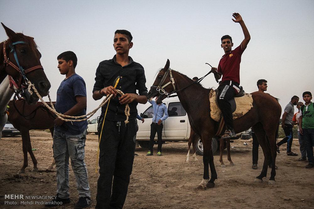 مسابقه بومی محلی اسب سواری در روستای شری مری