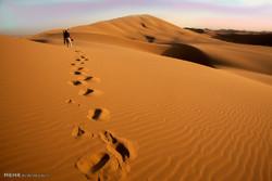 ۳ گردشگر مفقود شده در کویر مرنجاب پیدا شدند