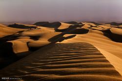 جستجو برای یافتن گردشگر گمشده در کویر مرنجاب ادامه دارد