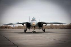 یک جنگنده F۱۴ در پایگاه هوایی شهید بابایی اورهال شد