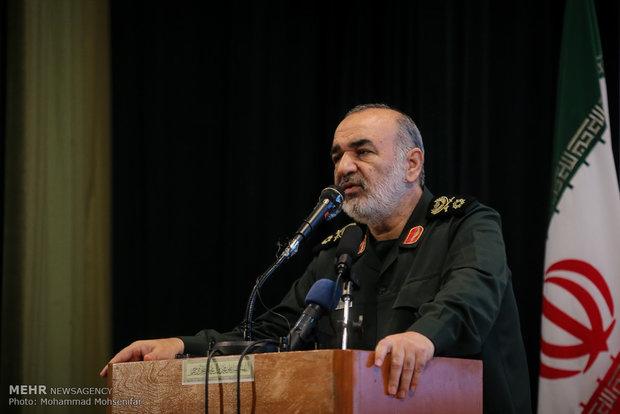 تصور متعهد بودن ایران به برجام در هر شرایطی یک اشتباه بزرگ است
