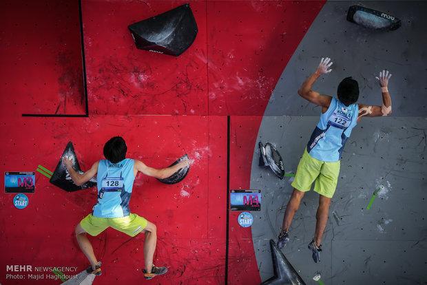 بطولة آسيا لتسلق الصخور لليافعين والشباب