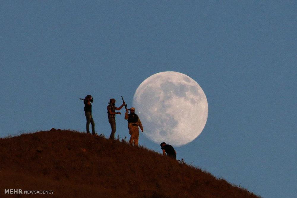 تماشای ماه از روی زمین