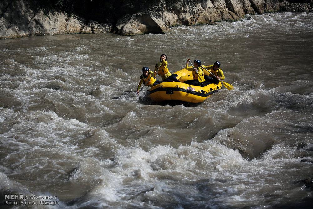 مسابقات قهرمانی رفتینگ در رودخانه هراز