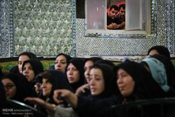 """مراسم تنظيف السجاد في قرية """"مشهد اردهال"""" الايرانية"""