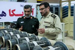 بازدید علی شمخانی دبیر شورای عالی امنیت ملی از نمایشگاه تبدیل تهدید به فرصت