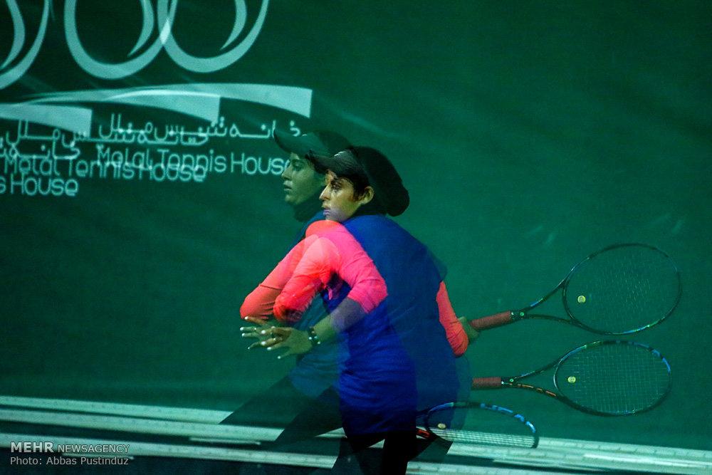 مسابقات تنیس جایزه بزرگ بانوان کشوری