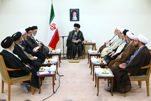 Leader receives members of High Council of Seminary Schools
