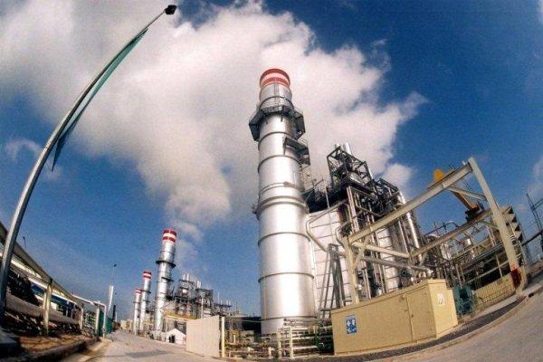 Almanlar İran'da rüzgar ve güneş santrali kuruyor