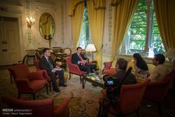 گفتگو با نیکلاس هاپتون سفیر انگلستان