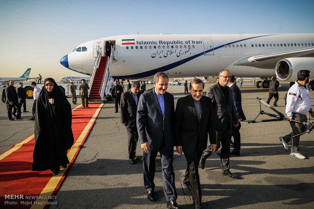 1st VP sees off Pres. Rouhani leaving for Southeast Asia