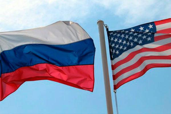 پرچم روسیه و آمریکا