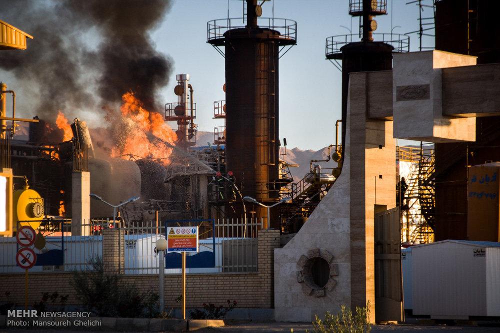 Afbeeldingsresultaat voor در آتشسوزی پالایشگاه تهران تعدادی از کارگران فصلی کشته وزخمی شدند
