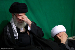 Leader attends Muharram mourning ceremony